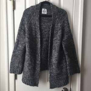 UNIF XS Oversized Gray Open Sweater